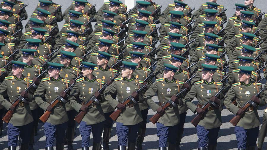 莫斯科举行纪念卫国战争胜利75周年阅兵式彩排
