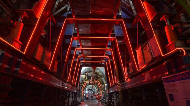 中老铁路第二长隧道顺利贯通