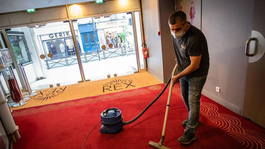 法国电影院恢复营业