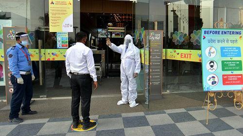 外媒称新德里为应对疫情苦苦挣扎:检测落后 医护不足_德国新闻_德国中文网