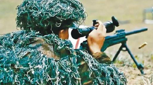 港媒:驻港解放军实弹训练视频引关注