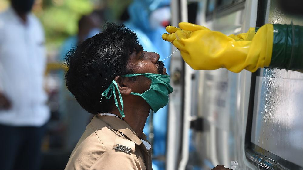 英媒:疫情加剧医院不堪重负 印度一患者遭18家医院拒收后身亡