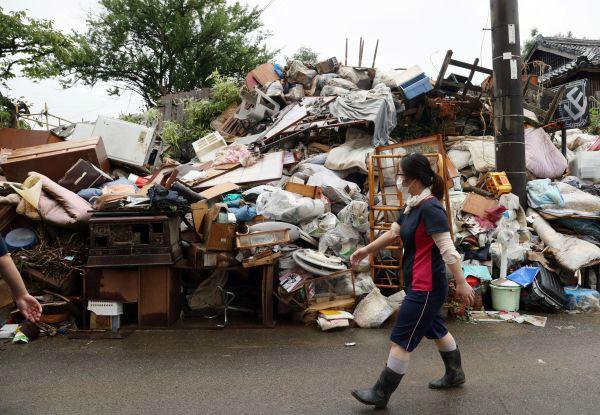 日媒:日本九州暴雨灾情加剧 20余万人接到避难指示