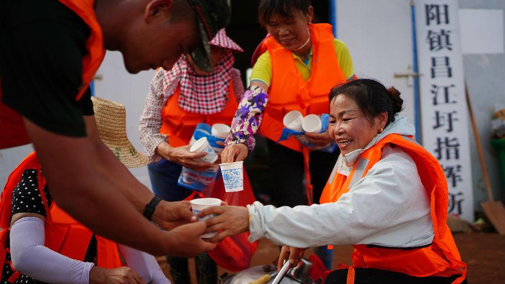 境外媒体关注:中国全力应对严重洪涝灾害