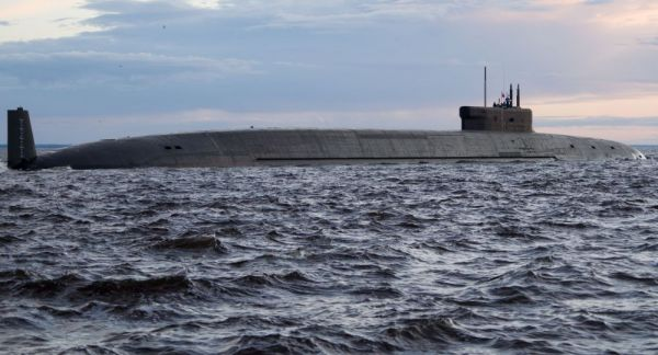 """资料图片:俄罗斯海军""""弗拉基米尔大公""""号核潜艇"""