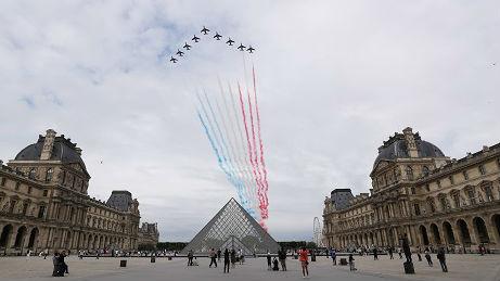外媒:法国缩减国庆日纪念活动规模 阅兵改在广场_德国新闻_德国中文网