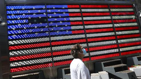 美国深陷卫生经济双重危机:新冠疫情持续反弹 财政刺激方案难产