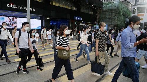 香港多措并举严防疫情蔓延:普及核酸检测 建港版方舱医院