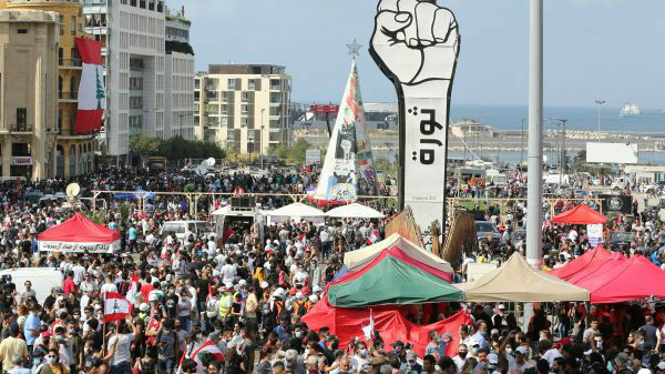外媒:贝鲁特爆炸引发大规模反政府抗议