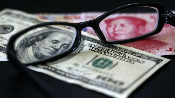 """外媒:美元贬值助中国外储""""四连升"""""""