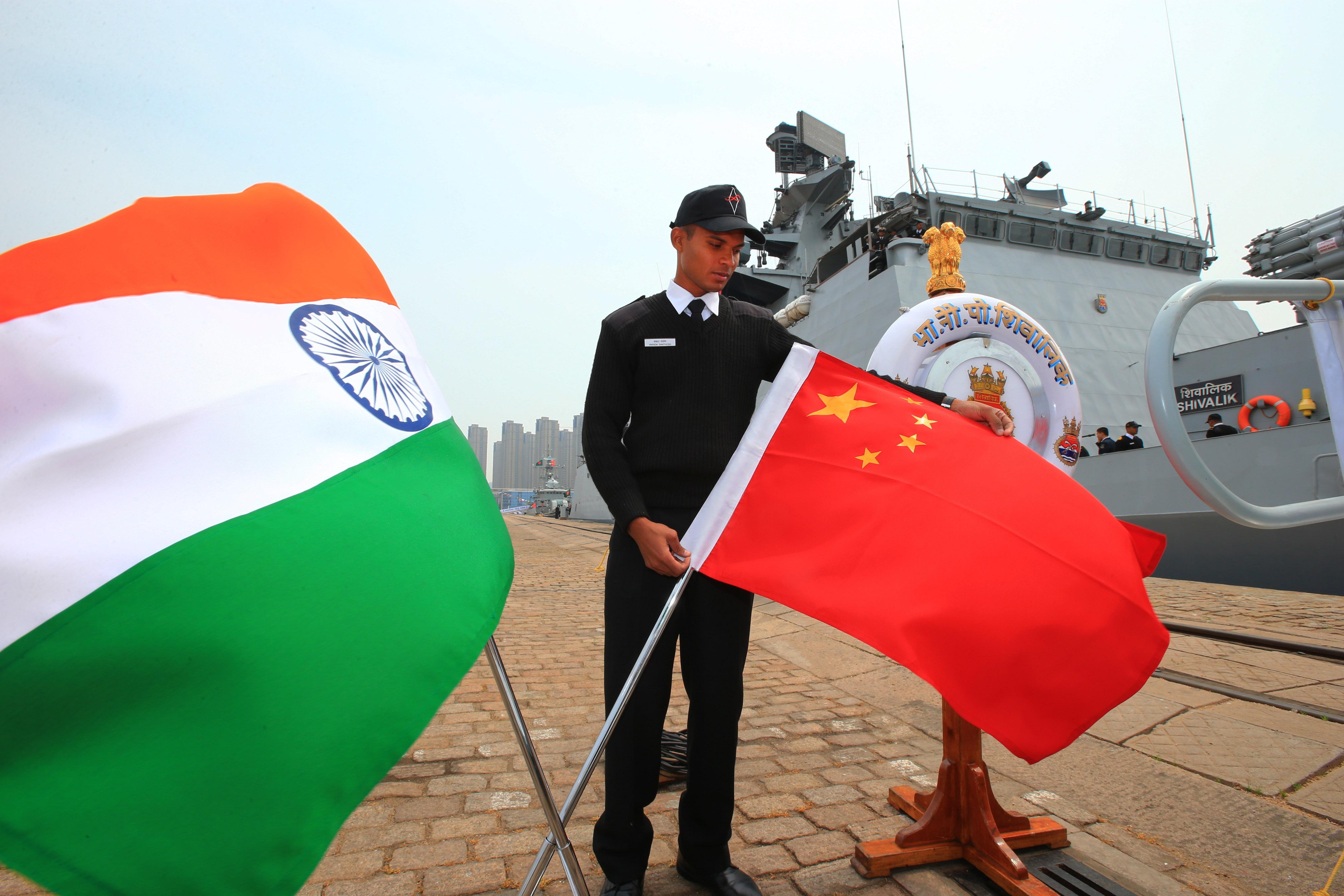 """外媒:印军在中印边境部署""""地道工事"""""""