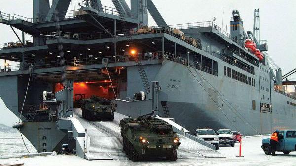 舰艇老化 维护不力 美军海上补给能力严重不足