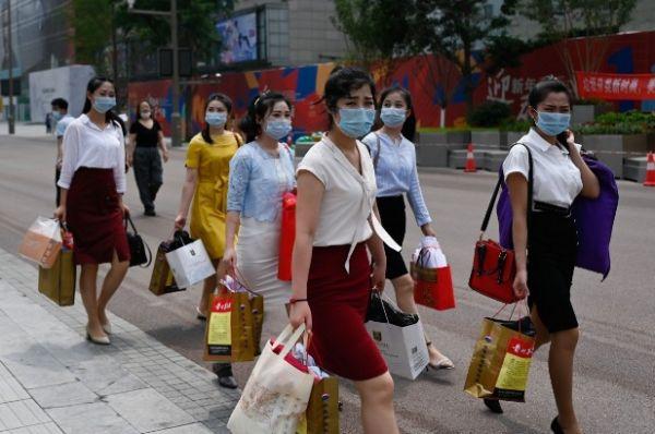 """""""小姐姐""""经济来了 年轻女性推动中国消费增长(图1)"""