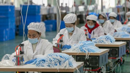 外媒称中国口罩生产热潮退去:需求下降 价格下跌