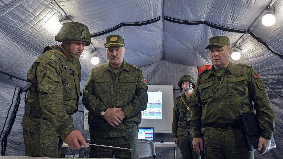 卢卡申科:北约部队正在向白俄罗斯边境集结