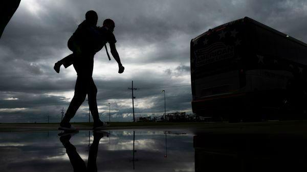 """外媒:飓风""""劳拉""""将给美国墨西哥湾区造成""""灾难性损失""""_德国新闻_德国中文网"""
