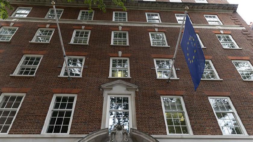 英国和欧盟在伦敦开始新一轮谈判