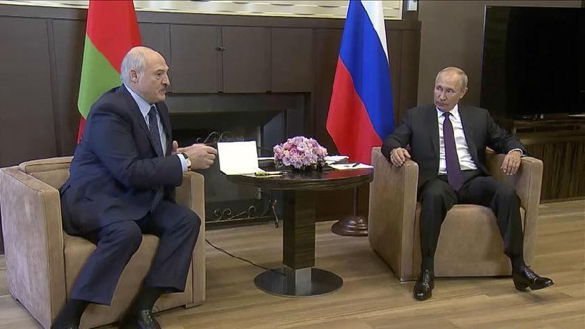 普京与卢卡申科举行会晤