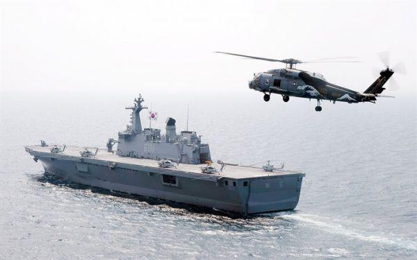 LPH-6111 独岛号 棒子海军 小