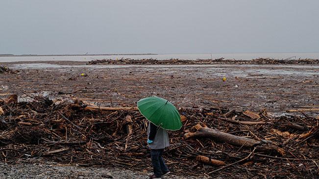 法國東南部地區遭暴風雨襲擊