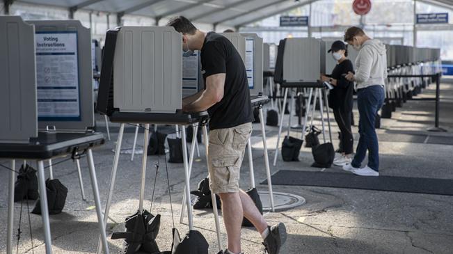 美國舊金山開放戶外投票中心