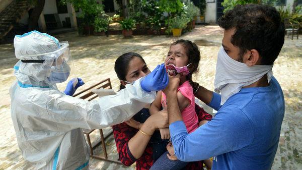 英媒:新冠疫情令印度白领自杀率飙升