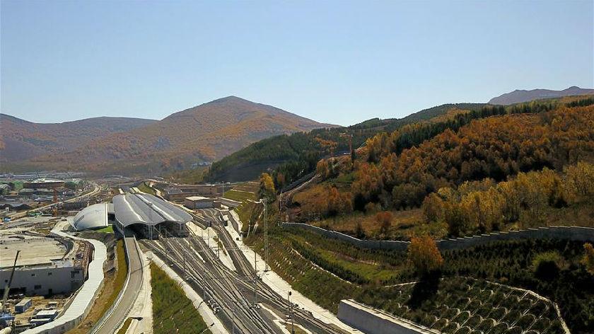 京張高鐵:穿越歷史 駛向冬奧