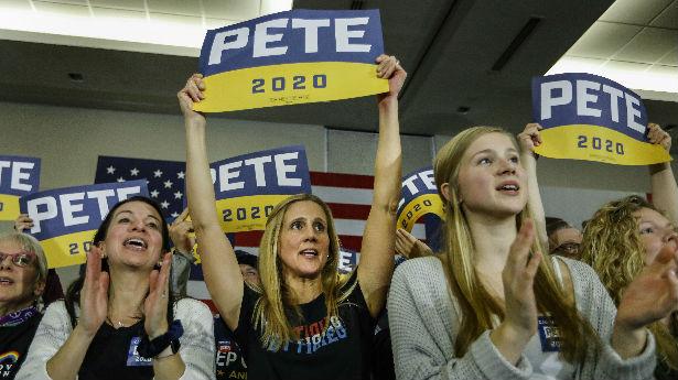 """反对特朗普,也不爱拜登!美国""""Z一代""""会出来投票吗?"""