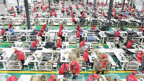 俄媒文章:中国将提前10年战胜贫困 创造人类减贫奇迹