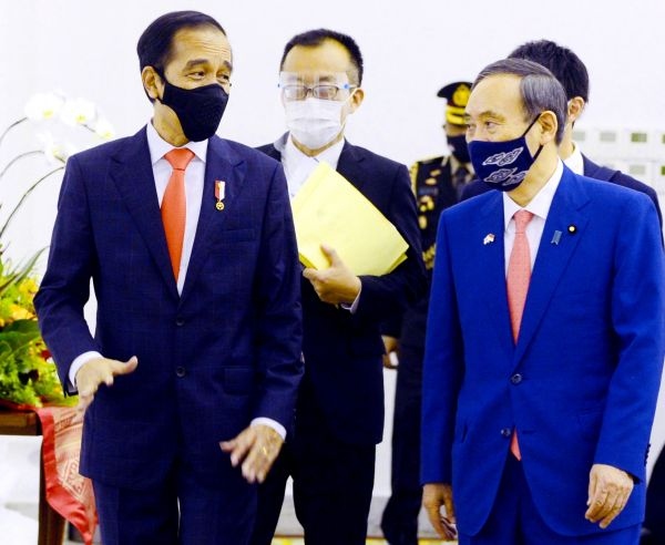 """菅义伟访印尼对南海指手画脚 辩称不寻求建""""亚洲版北约"""""""