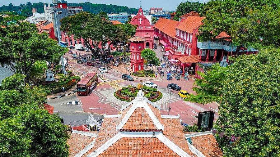 马六甲,海峡旁的历史名城