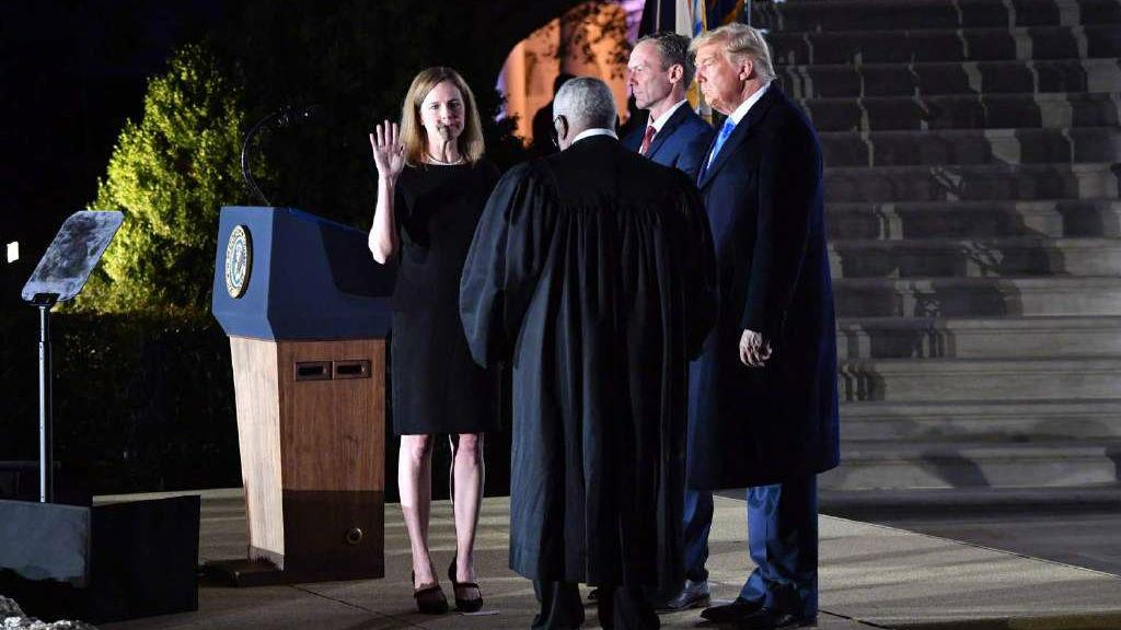 外媒:美国参议院投票通过巴雷特最高法院大法官提名