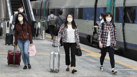 """美媒称全球抗疫缺乏协调:多国""""好像回到了19世纪"""""""