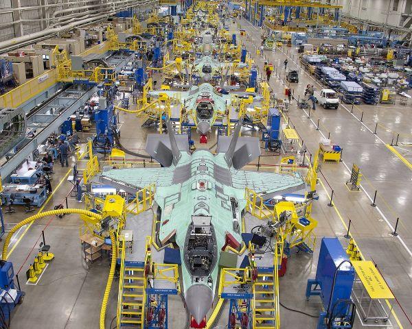 F-35 assembly line 2012 6