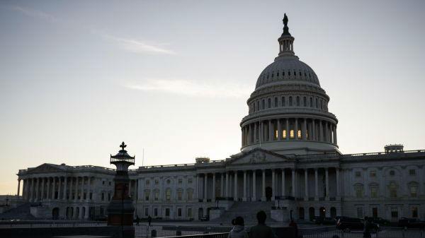 美联社:拜登虽赢了选举 但参议院争夺战或明年见分晓