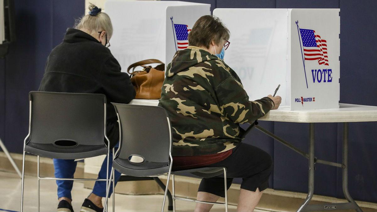 外媒:拜登或赢得306张选举人票 特朗普诉讼战遭重大挫折