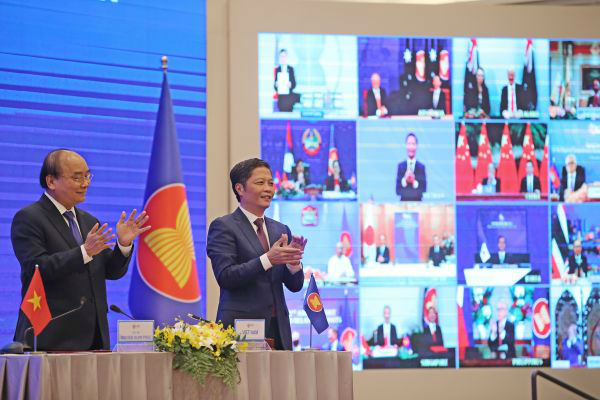 全球最大自贸区重磅面世 亚太15国联手促经济