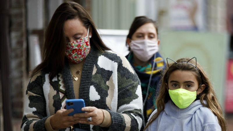 """美媒:疫情对美国女性就业""""三连击"""""""
