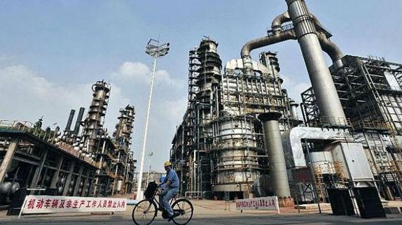 美媒报道:中国或很快超美成最大炼油国