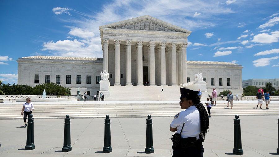 保守派法官优势显现 外媒:美国最高法叫停纽约抗疫措施