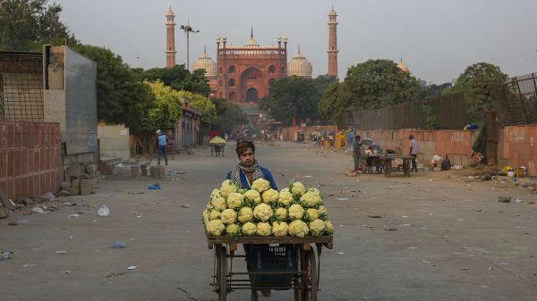 外媒:印度70余年来首次陷入经济衰退