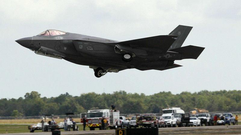 """俄又添一利器 美媒:""""F-35杀手""""S-500防空导弹系统明年问世"""