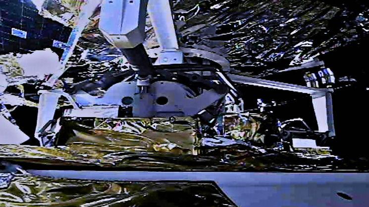 外媒:嫦娥成功交接月壤即将返航 中国航天再迎高光时刻