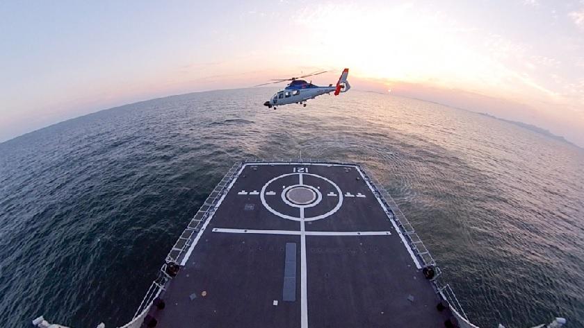 """如何降落到""""中华神盾""""舰上?看北部战区海航训练"""