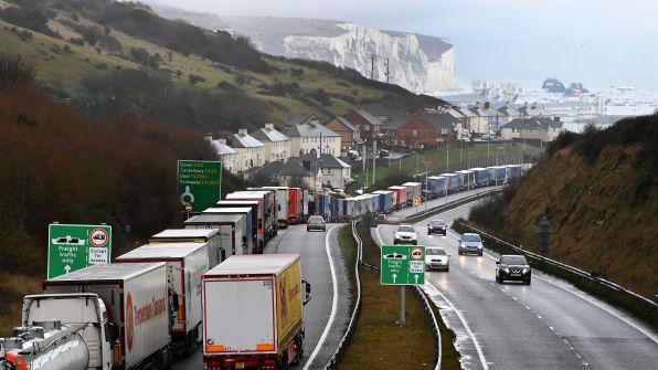 """英欧""""几无可能""""达成贸易协议 欧盟警告成员国勿与英磋商"""