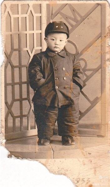康明两岁生日照片