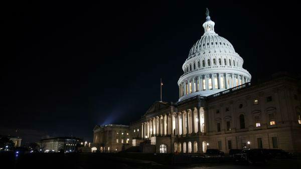 美众院高票推翻特朗普否决 国防法案将提交参院表决