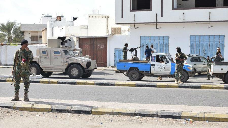 也门亚丁机场发生爆炸 至少3人死亡
