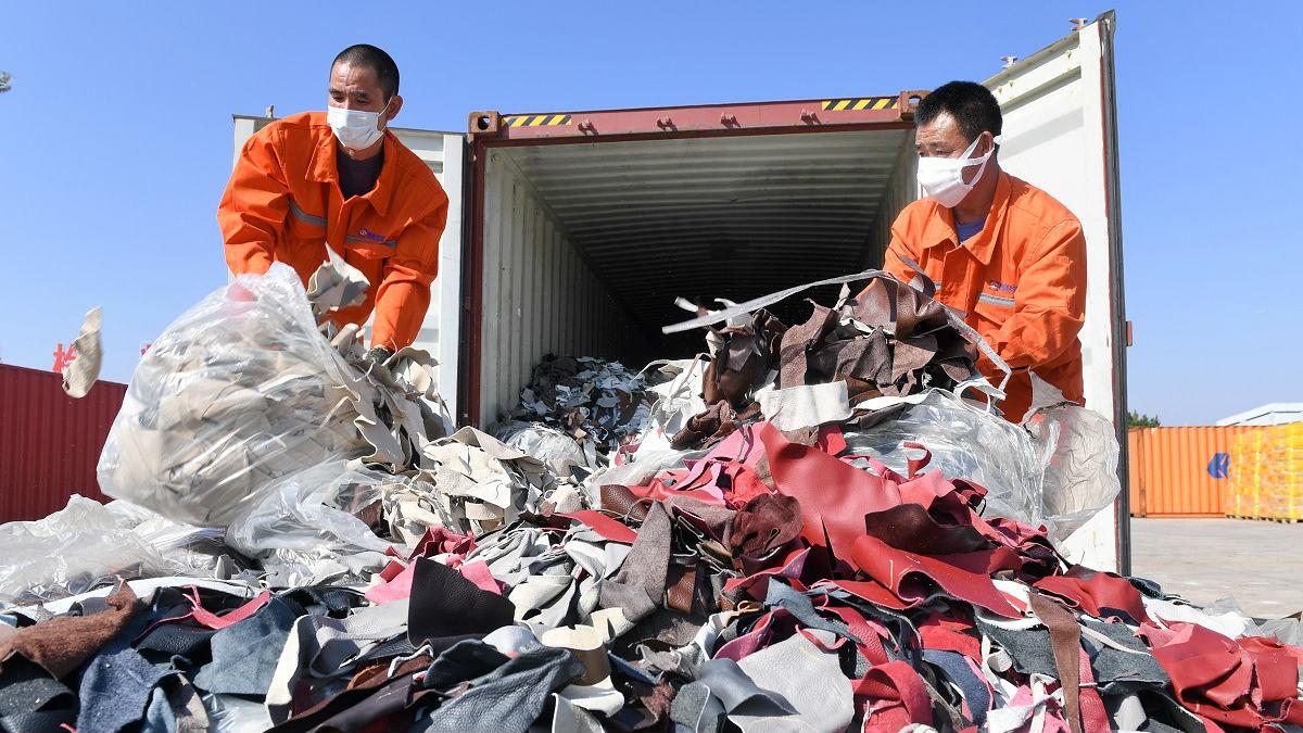"""外媒:中国不再做""""世界垃圾桶"""""""