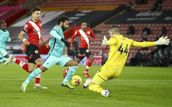 图说:在2020-2021赛季英格兰足球超级联赛第17轮比赛中,利物浦队客场以0比1负于南安普敦队。(新华社 美联社)